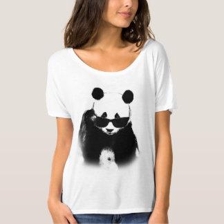 Camiseta de las gafas de sol de la panda que lleva