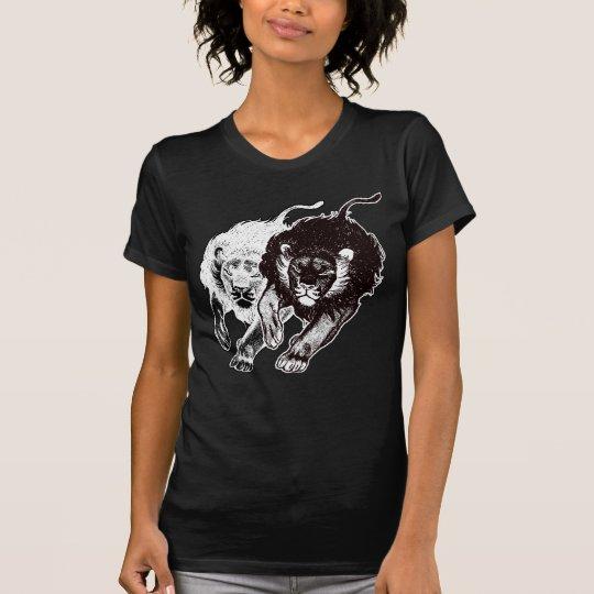 Camiseta de las mujeres de los leones de Yin y de