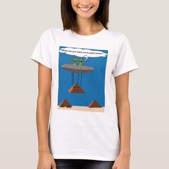 Camiseta de los extranjeros y de las pirámides