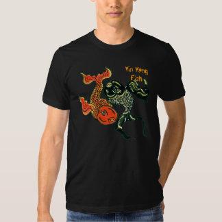 Camiseta de los pescados de Yin Yang