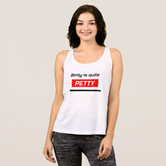 Camiseta De Tirantes Betty es muy PEQUEÑA