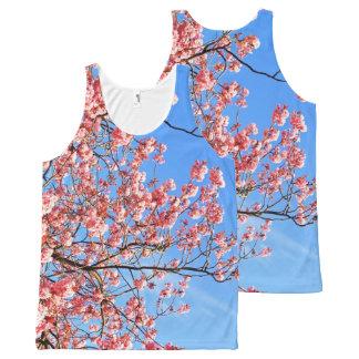 Camiseta De Tirantes Con Estampado Integral Flor de cerezo rosada en el azul, impresión por