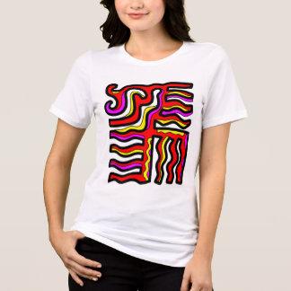 Camiseta del ajuste cómodo de las mujeres de la
