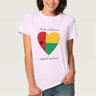 Camiseta del amor de la bandera de Guinea-Bissau