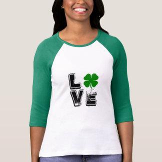 Camiseta del amor del trébol del día de St Patrick