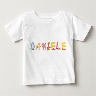 Camiseta del bebé de Daniela