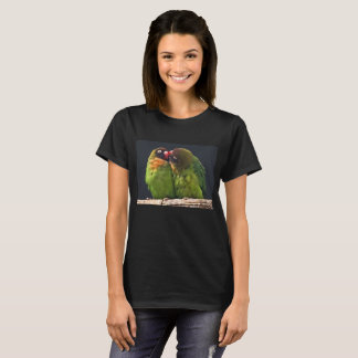 Camiseta del beso del Lovebird
