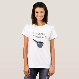 Camiseta del blanco del técnico de la farmacia