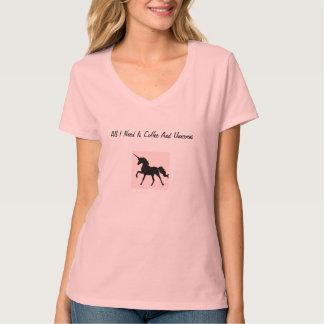 Camiseta del café y de los unicornios