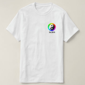 "Camiseta del ""círculo"" de CLRFL de Njoku ""Yin"