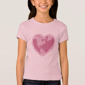 Camiseta del corazón de la tierra