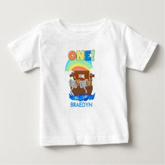 Camiseta del cumpleaños del bebé de la arca de