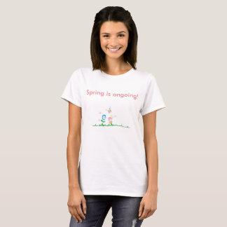 Camiseta del dibujo animado de la primavera