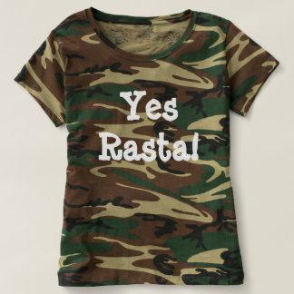 Camiseta del ejército de las mujeres con la