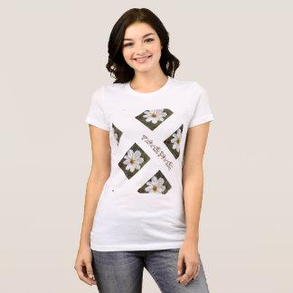 Camiseta del flower power. flor