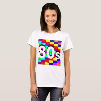 Camiseta del fondo coloreado 80s del ` de Sharnia'