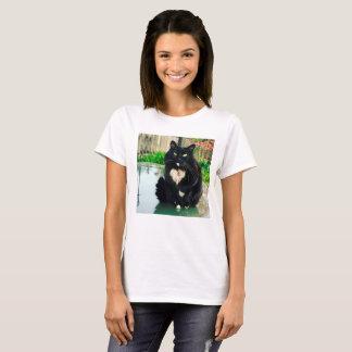 Camiseta del gatito para las mujeres