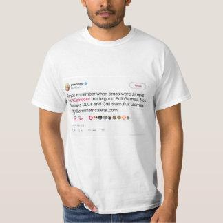 Camiseta del gráfico del pío del famoso