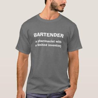 Camiseta del humor de la definición del camarero