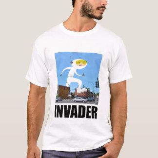 Camiseta del invasor