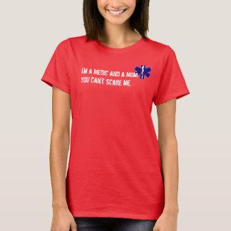 Camiseta del médico de la mamá