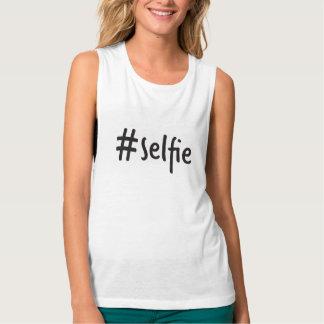 camiseta del músculo del #selfie