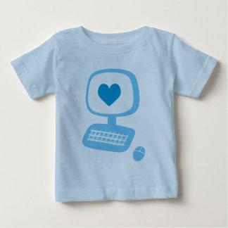 Camiseta del niño del corazón del ordenador
