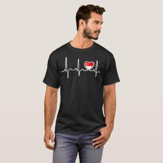 Camiseta del orgullo del latido del corazón de la