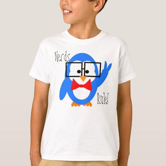 Camiseta del pingüino de la regla de los