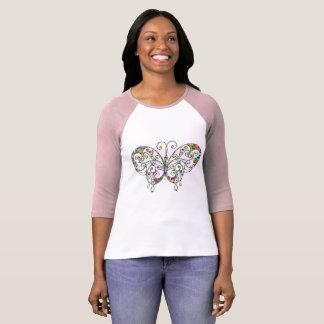 Camiseta del raglán de la mariposa