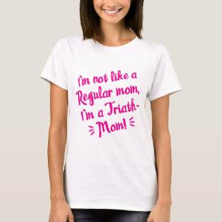 camiseta del rosa de la Triath-mamá
