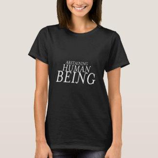 Camiseta del ser humano que se abstiene