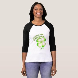 Camiseta del trébol de la hoja del día cuatro de