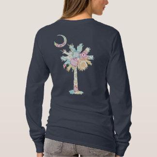 Camiseta Diseño del ornamento del arco iris del árbol y de