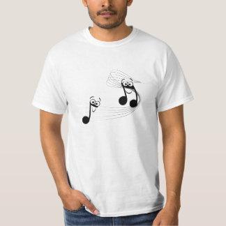 camiseta divertida con notas musicales