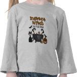 Camiseta divertida del niño de la bruja de Hallowe