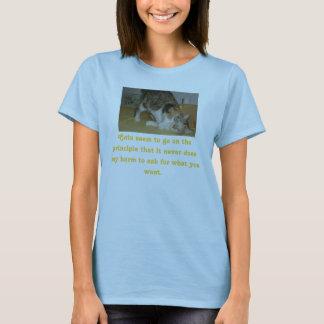 Camiseta E2small, gatos parecen ir en el principio que…