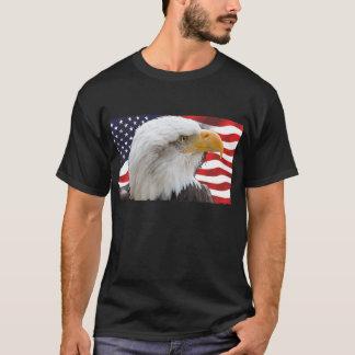 Camiseta Eagle calvo patriótico y bandera