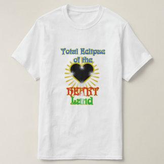 Camiseta Eclipse total de la tierra del corazón