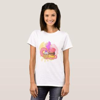 Camiseta Ejemplo de la acuarela del drenaje de la mano del
