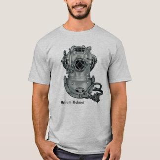 Camiseta Ejemplo del casco de la marca V del helio del