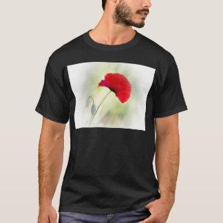 """Camiseta ¡El delantal con la amapola roja """"sea feliz! """""""