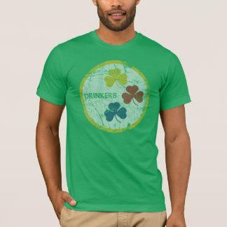 Camiseta El día de St Patrick de los bebedores de
