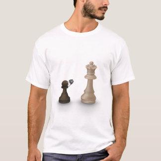 Camiseta El empeño toma a la reina