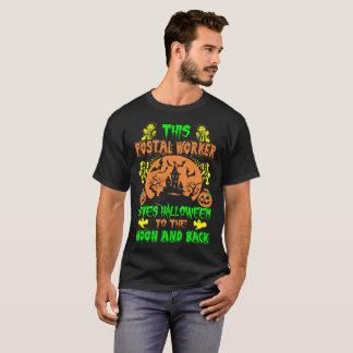 Camiseta El empleado de correos ama la luna de Halloween y