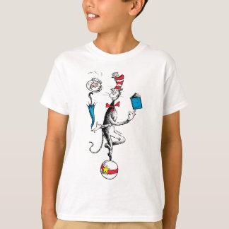 Camiseta El gato en el ejercicio de equilibrio del gorra