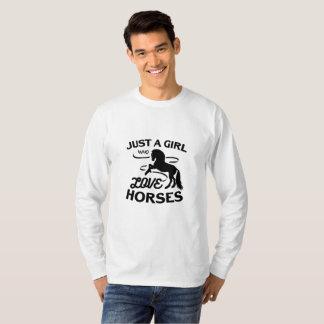Camiseta El montar de los regalos de los amantes del