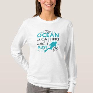 Camiseta El océano está llamando