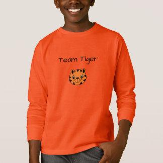 Camiseta El pescado que se tira diseña el ™