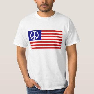 Camiseta El símbolo del signo de la paz protagoniza y raya